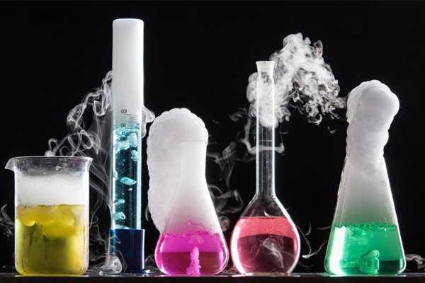 تفاوت مواد شیمیایی آزمایشگاهی با سایر مواد شیمیایی